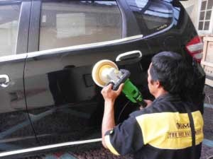 peluang-bisnis-salon-mobil-profesional